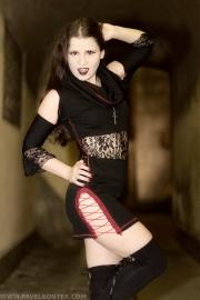 Modelka: Lady Elbereth, stylizacja: Gedeon Alter Fashion